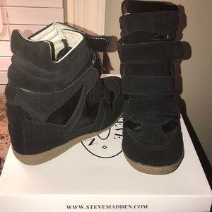 Steve Madden Hilight Wedge Sneaker
